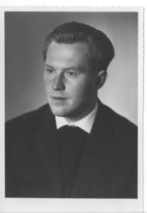 Dieter Kittlauß im Jahre 1962 als römischer Kleriker im Oratorianerkragen