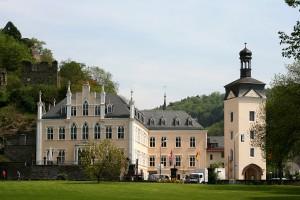 Wiederaufgebautes Schloss Sayn; Wikipedia 4.11.2015